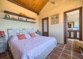 Villa for sale, Estepona, Marbella West, pool, sea view.
