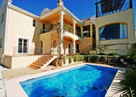 Villa for sale at Sierra Blanca Country Club, Marbella Golden Mile