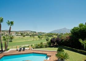 Villa zu verkaufen am Los Naranjos Golfplatz, Nueva Andalucía, Marbella
