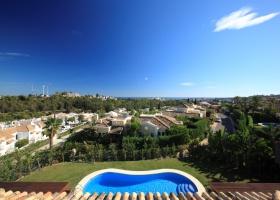 Fantastic sea view of villa for sale at Marbella
