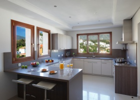 Modern kitchen of villa for sale at Marbella