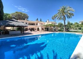 Villa at front line golf Las Brisas Nueva Andalucia, Marbella Spain