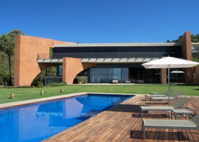 Design Villa for sale at Alcucuz Benahavis Marbella
