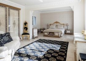 villa, for sale, luxury, big plot, estate Marbella, El Paraiso, Estepona, Costa del Sol, Spain.