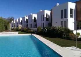 Modern townhouse for sale at La Alqueria Marbella