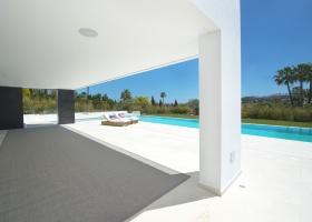 Modern new villa for sale in Nueva Andalucia Marbella