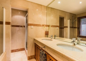 Menara Beach New Golden Mile,Marbella West,3 Bedrooms Bedrooms,2 BathroomsBathrooms,Apartment,1351
