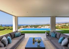 Modern villa for sale at Cabopino Marbella