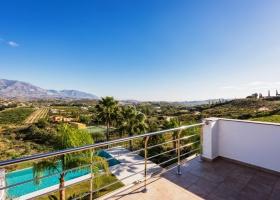 Modern villa for sale at La Cala Golf Marbella Mijas