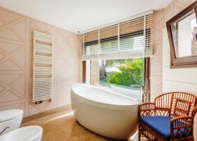 Nueva Andalucía,5 Bedrooms Bedrooms,4 BathroomsBathrooms,Villa,1362