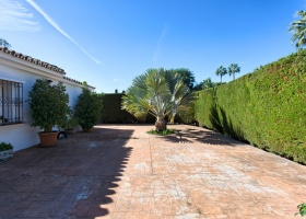 El Paraiso Barronal,Marbella West,3 Bedrooms Bedrooms,3 BathroomsBathrooms,Villa,1378