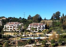 Penthouse for sale at El Soto de la Quinta Marbella