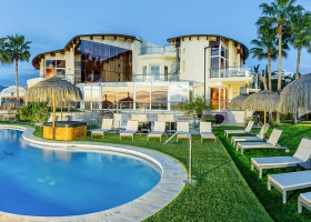 Villa for sale at Los Flamingos Golf Marbella