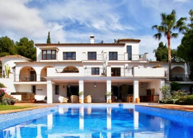 Villa for sale at Golden Mile Marbella