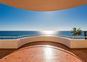 Penthouse for sale at Estepona Marbella Costa del Sol