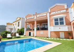 Townhouse for sale at La Heredia de Monte Mayor Marbella