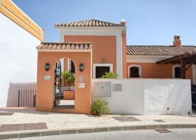 Townhouse, for sale, La Heredia de Monte Mayor, Benahavis, Marbella, Costa del Sol  Spain.