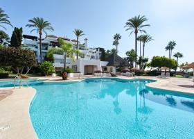 Penthouse for sale at Alcazaba Beach Estepona Marbella