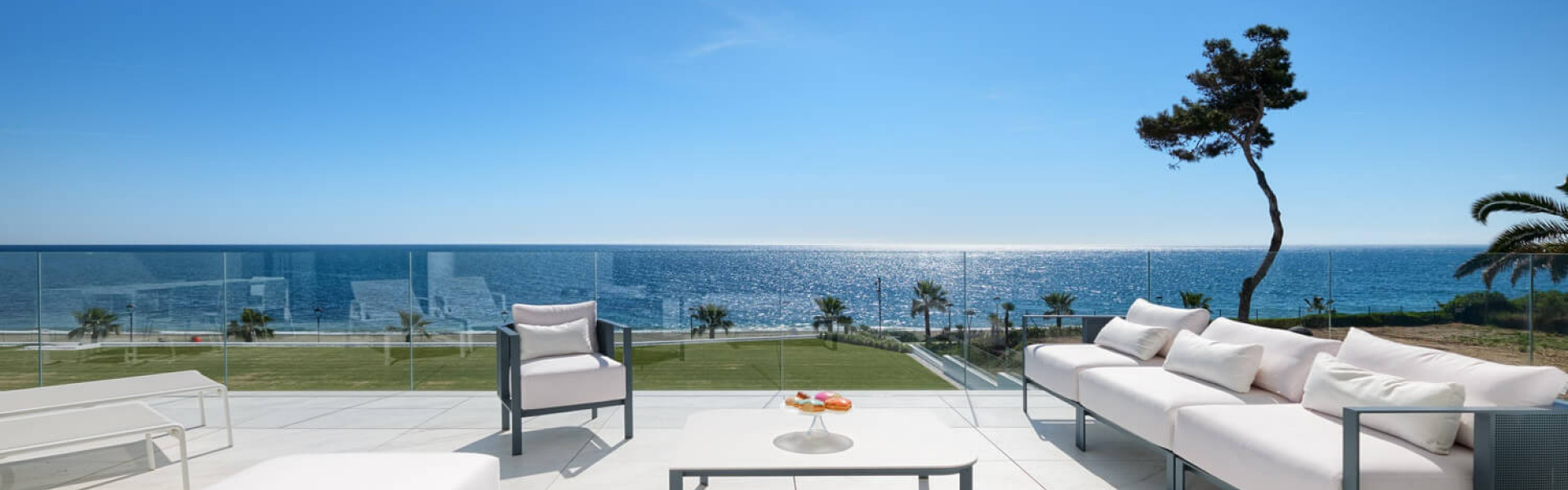 frontline beach, beachside, apartment, for sale, Enare, New Golden Mile, Estepona, Costa del Sol, Spain